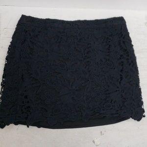 ❤BANANA REPUBLIC skirt- crocheted lace overlay, 14